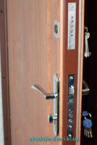 Входная дверь Медиум от компании ДверьПром