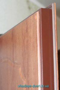 Полотно входной двери Оптима с МДФ накладками и уплотнительной резинкой